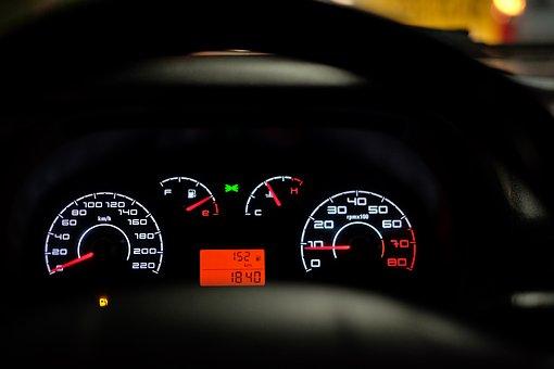Kiedy zdecydować się na wynajem długoterminowy pojazdu?